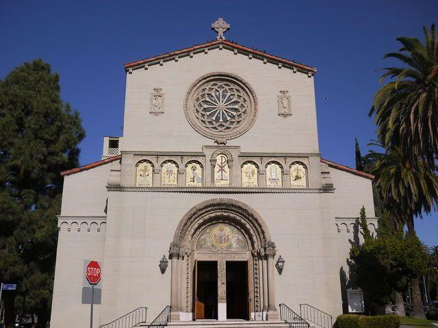 ダウンタウン西側マッカーサー・パーク・レイク付近の建物探訪記  Church of the Precious Blood Los Angeles Architecture