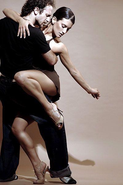 dating a salsa dancer