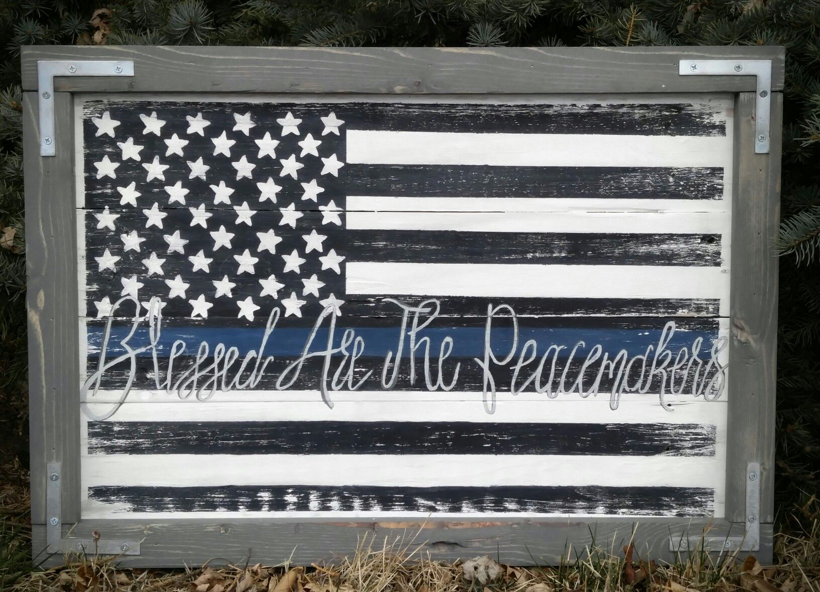 Custom Hand Painted Thin Blue Line American Flag Pallet Sign Police Officer Decor Canvas Painting Diy American Flag Pallet Diy Painting