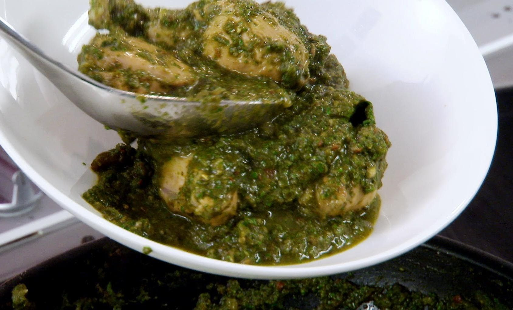 Punjabi chicken with spinach indian food made easy with anjum punjabi chicken with spinach indian food made easy with anjum anand bbc food forumfinder Choice Image