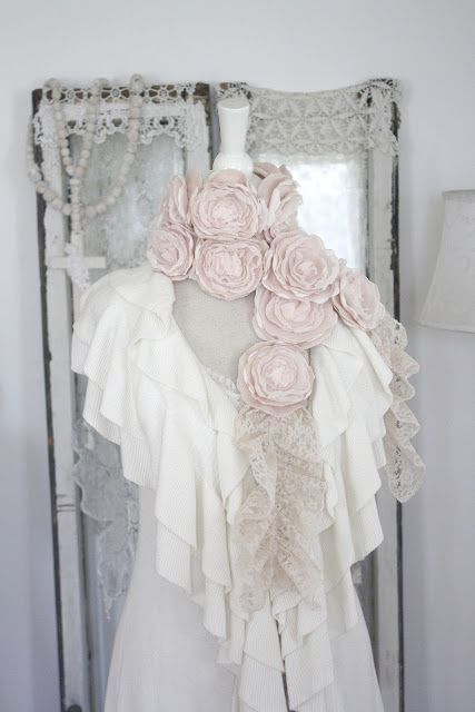 /cashmere-roses.scarf