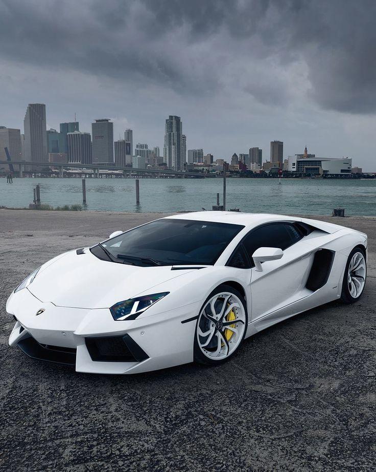 #Lamborghini Aventador | Awesome Ring: www.amazon.com/...