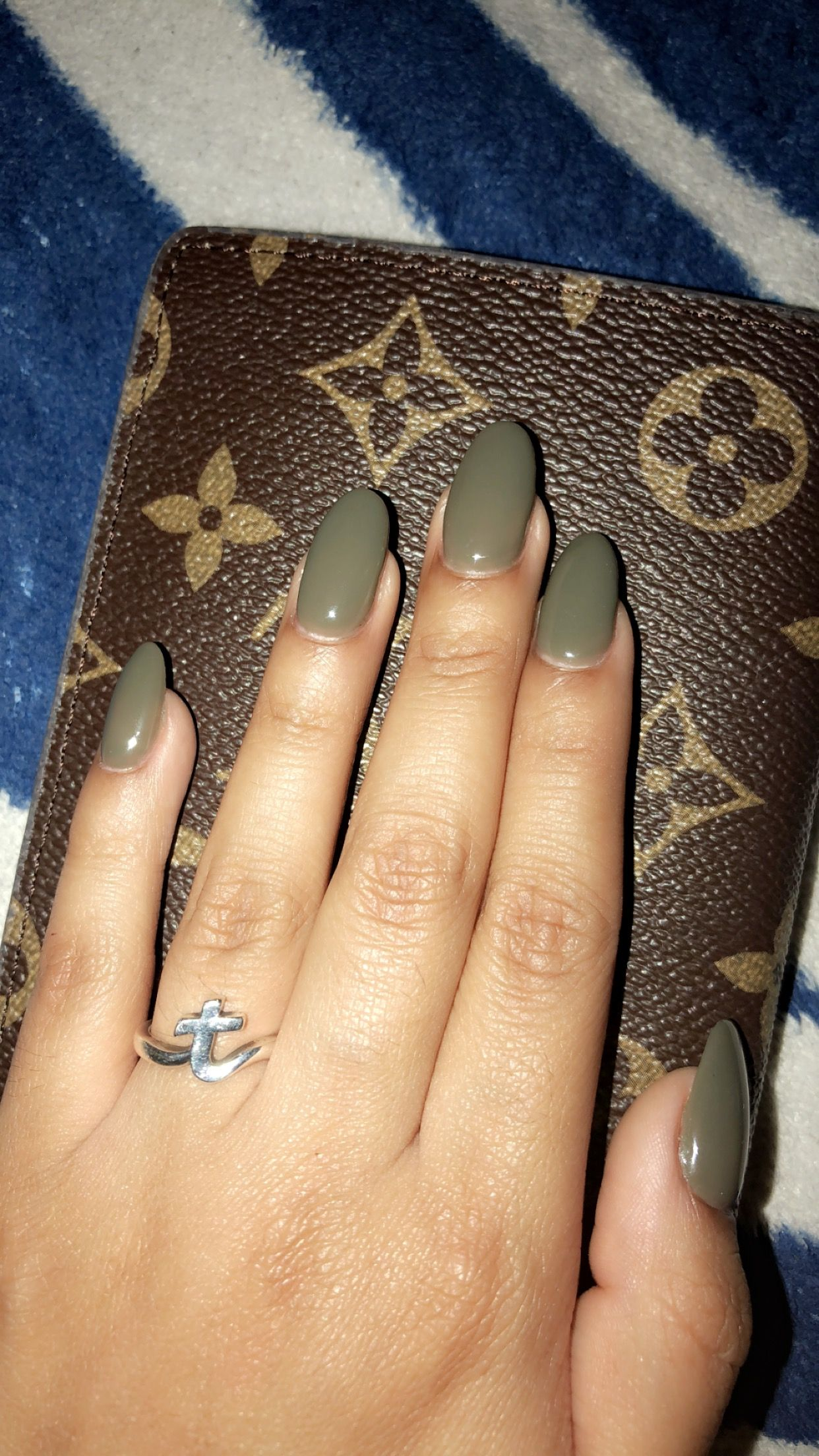 Olive Green Almond Shaped Acrylics Green Acrylic Nails Olive Nails Acrylic Nail Shapes