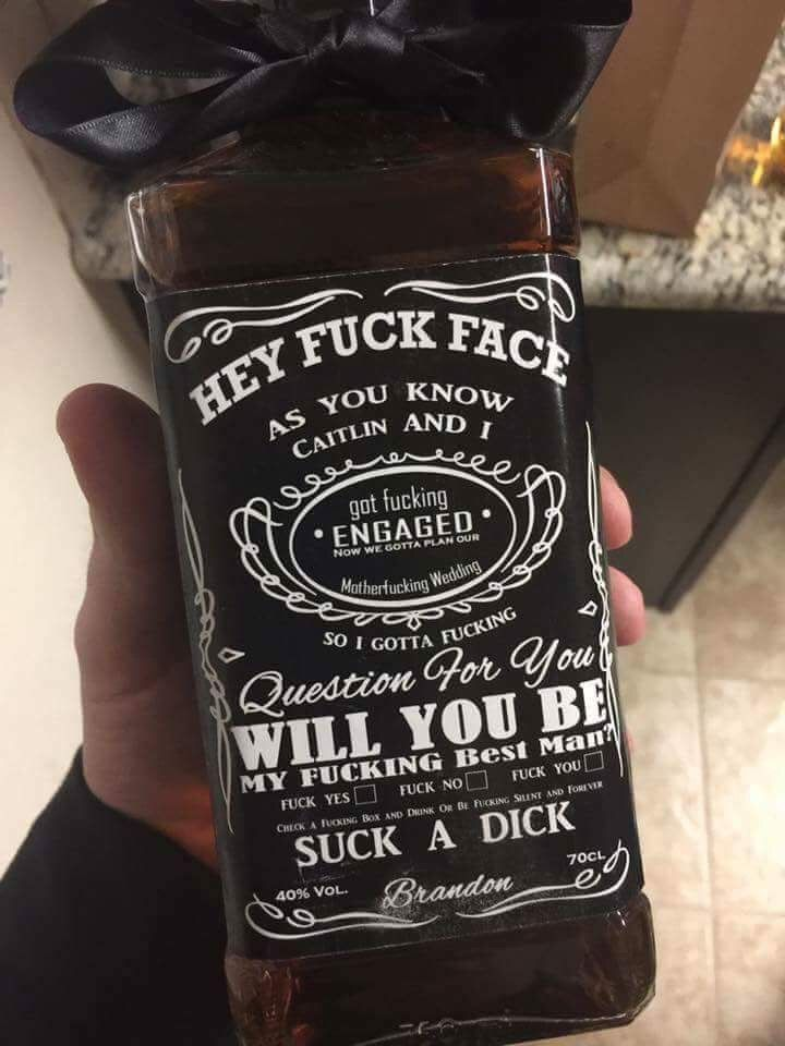 For my fianc to ask his groomsmen to be in our wedding  Trauzeugin