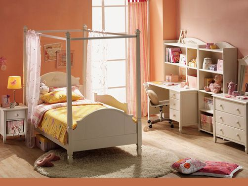 Children's Room With A Mellow Orange color