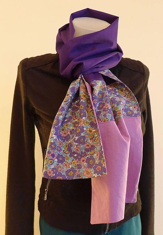 Très élégant Foulard Etole Echarpe à fleurs violettes et tissu japonais   Création  Mode Japon   Une Embellie 41e73e9d580