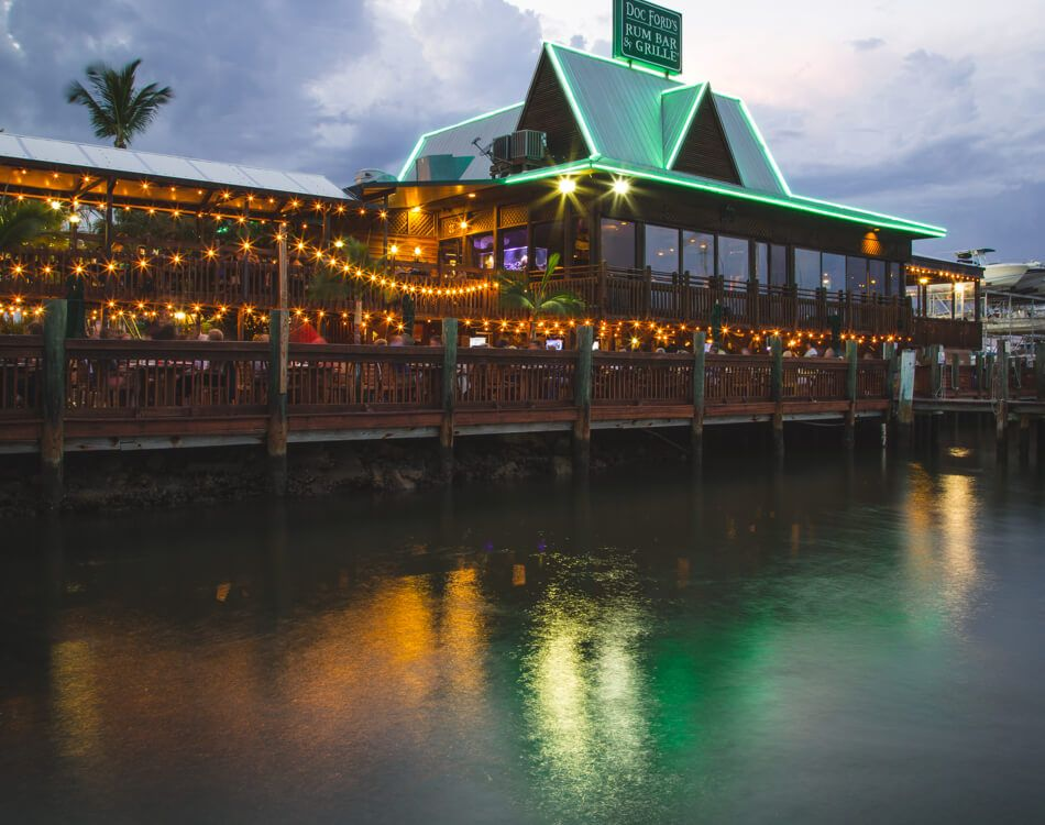 Doc Ford S Rum Bar Grille Ft Myers Beach Fort Myers Florida Restaurants Fort Myers Beach