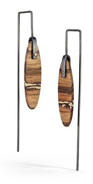 Laura Jaklitsch : wood, gold filings, sterling silver, 18k gold, patina