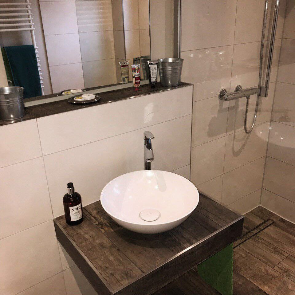 In Diesem Waschbecken Wascht Man Doch Gerne Seine Hande Inspiremehomedecor Badezimmer Badezimmerdesign Badezimmerideen Home Decor Sink Decor
