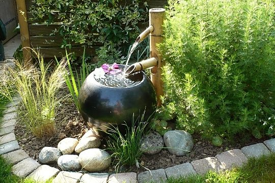 Fontaine en bambou jardins pinterest - Bambou en pot jardiland ...