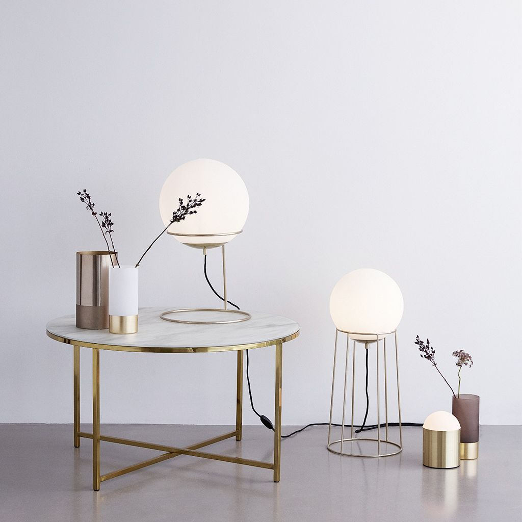 You May Love It Moodboard 1 La Lampe A Poser Table Basse Ronde Table Basse Table Basse Ronde En Verre