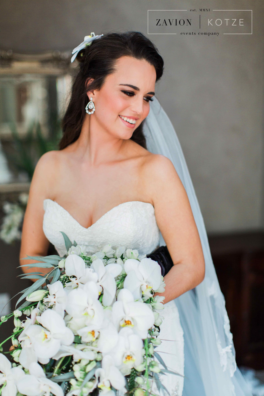 Elegant Bridal Bouquet, white orchid bouquet, soft green and white roses cascading bouquet. Best bridal bouquet, luxury bridal bouquet