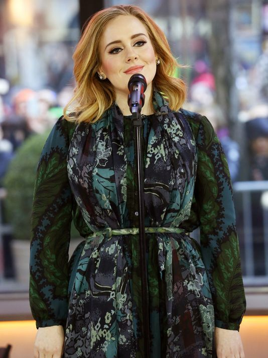 "USA TODAY on Twitter: ""We have a number. Drumroll please! Adele's blockbuster 25 has sold...  https://t.co/UpxiZxBBCJ Photo: AP https://t.co/CSKgLpRDxb"""