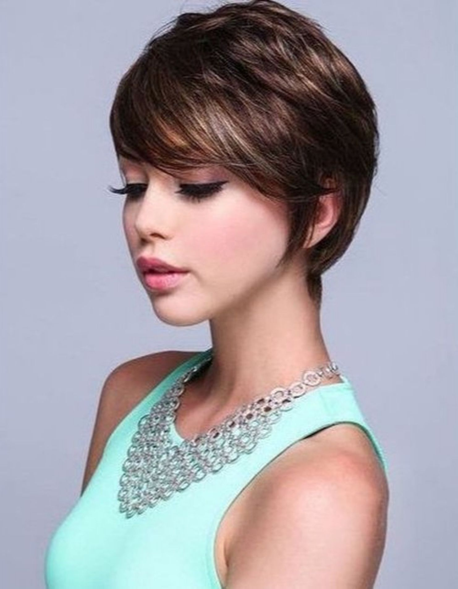 classy short haircuts and hairstyles for thick hair hair