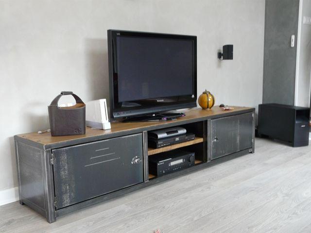 Meuble TV bas bois métal - Meuble loft -MICHELI Design | Deco ...