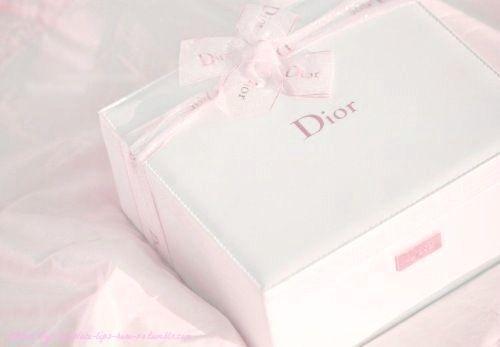 Imagem de dior, pink, and gift