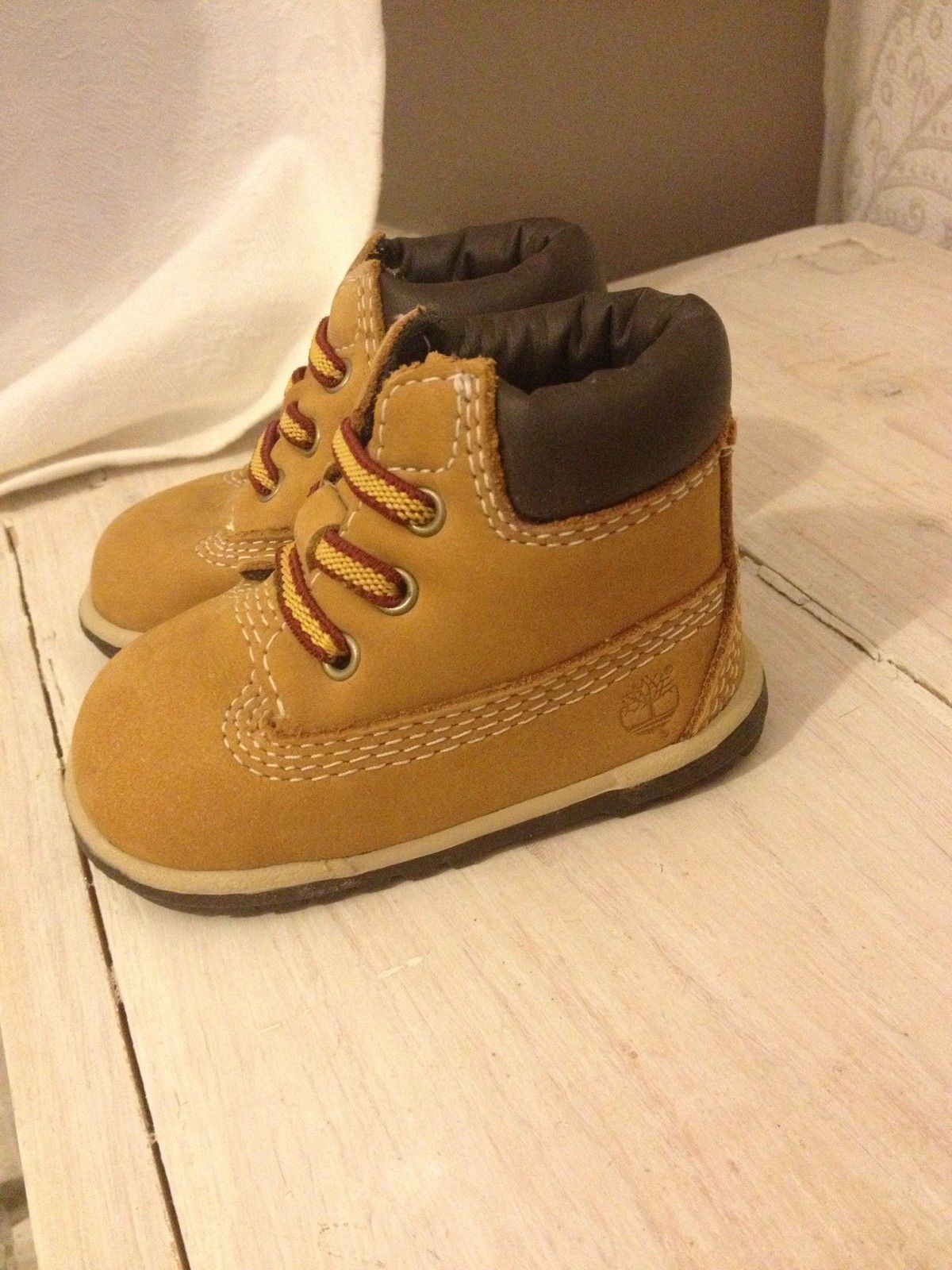 IMMACULATE baby timberland boots Uk 0.5 Tan Baby shoes