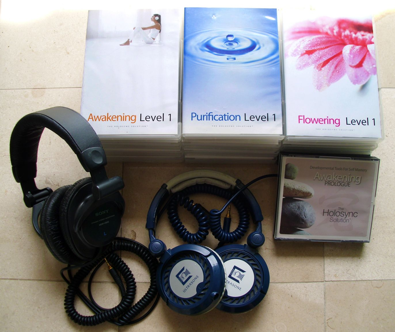 Centerpointe Research Holosync In Ear Headphones Over Ear Headphones Holo