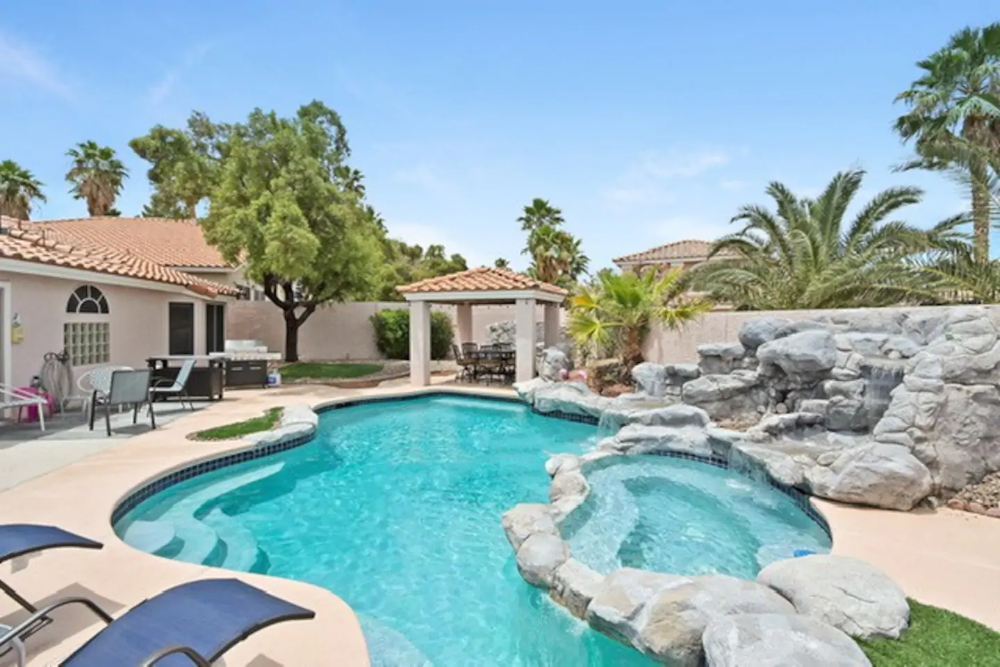Vegas Cozy Pool Home 2 Houses For Rent In Henderson Nevada United States Pool Renting A House One Level Homes