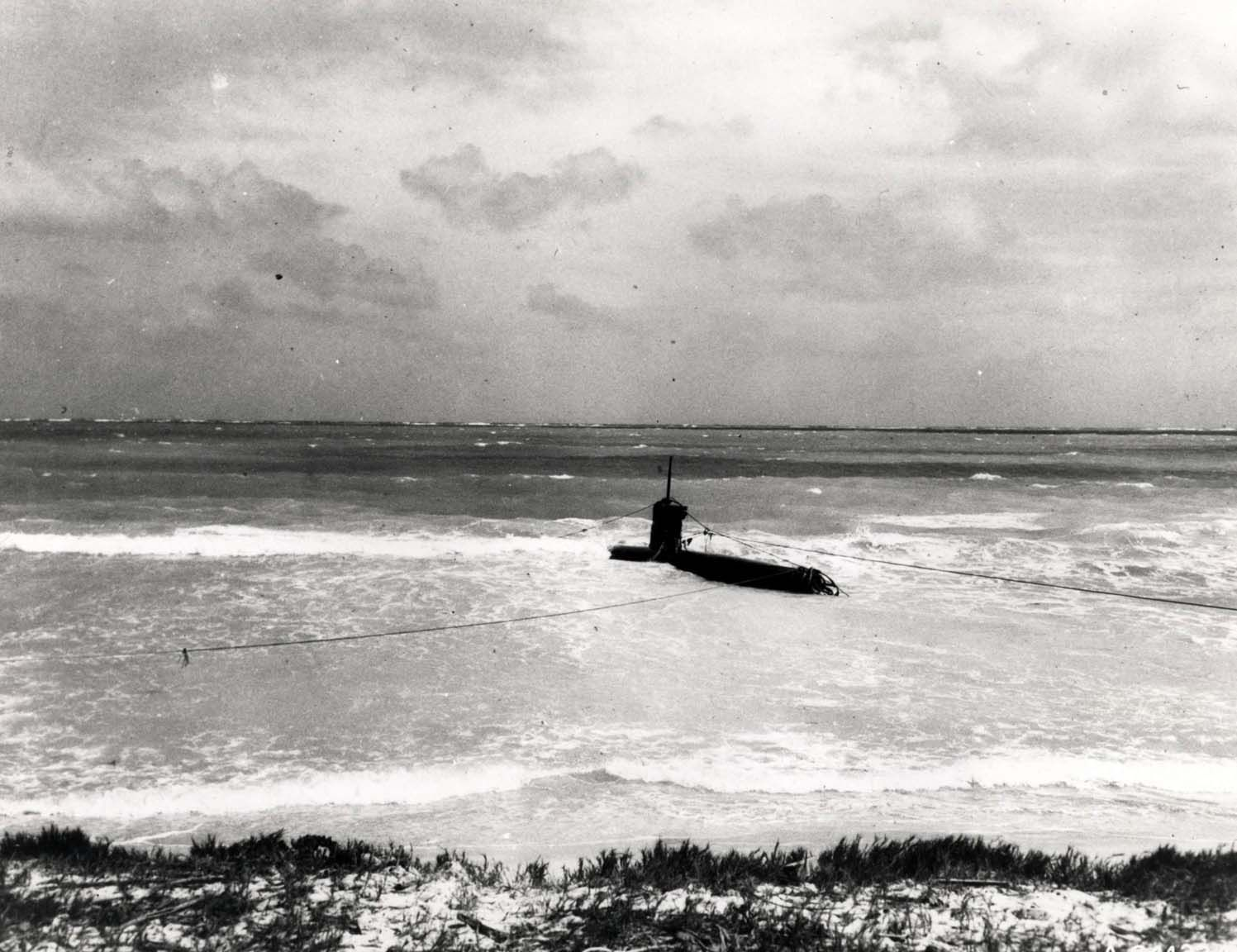 Information midget japanese submarine beached at bellows field you
