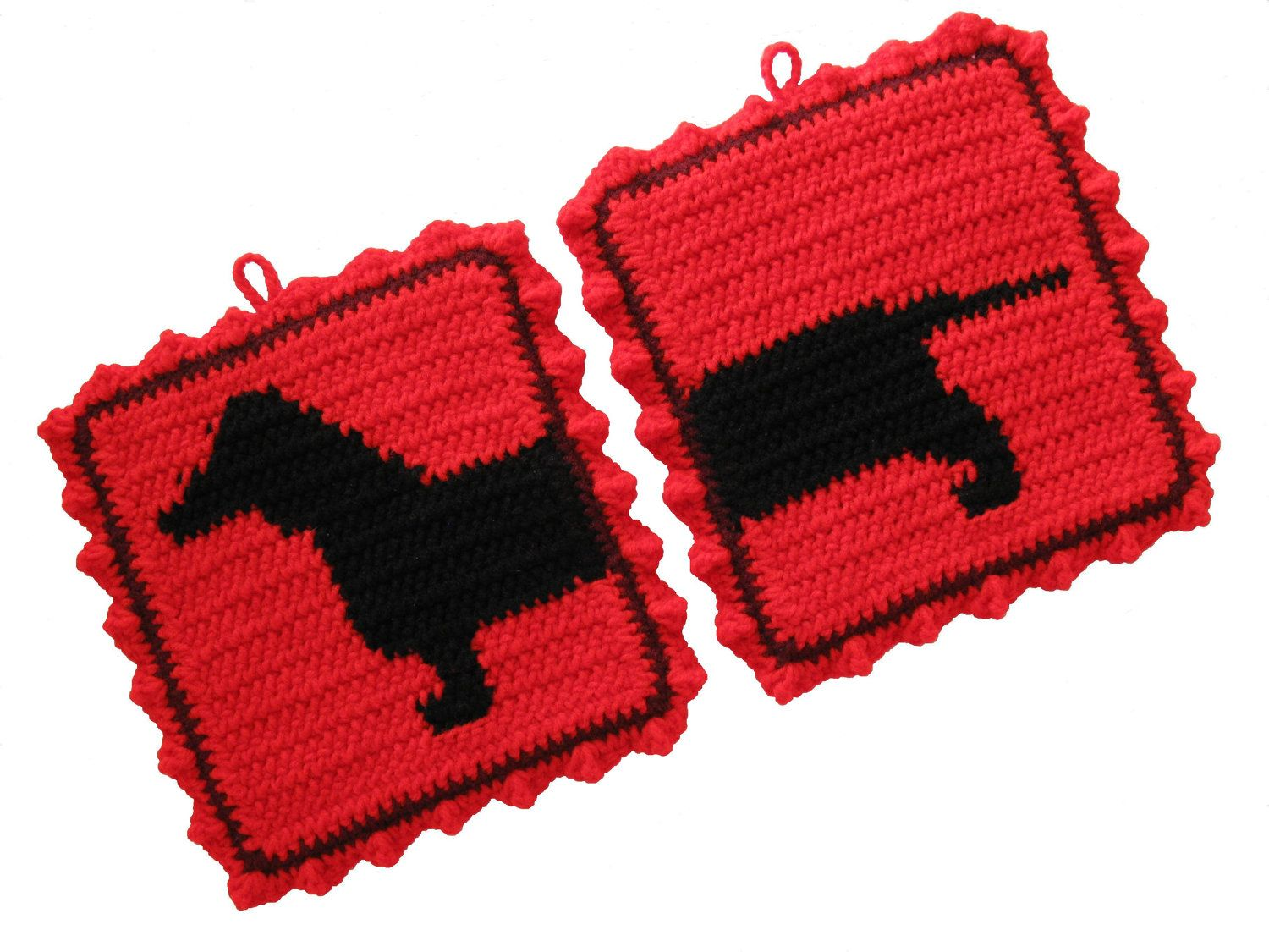 Amigurumi Wiener Dog Pattern : Dachshund pot holders dachshund dog pot holders red crochet