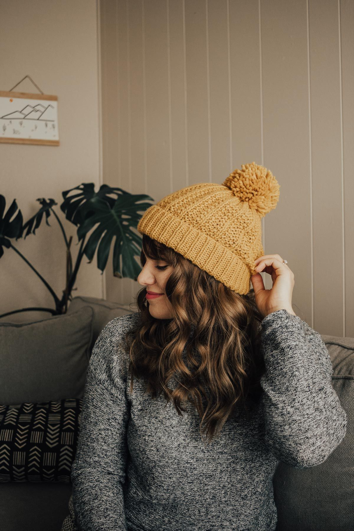 3 Hairstyles To Wear With A Winter Hat Advice From A Twenty Something Hat Hairstyles Winter Hats Winter Hats For Women