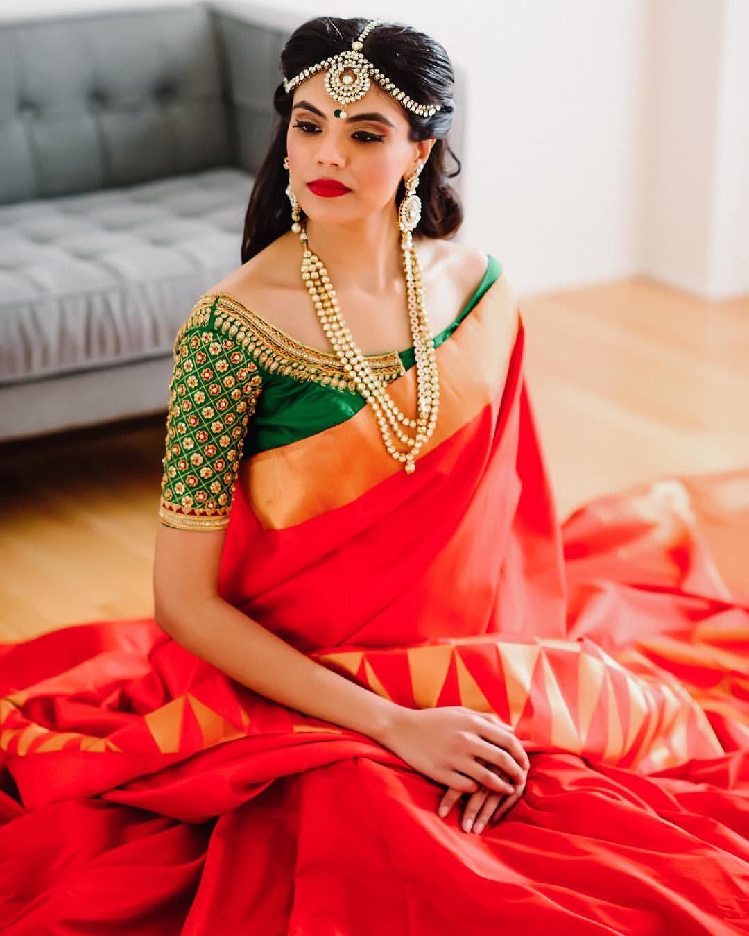 47b35351261c86 Red silk kanchipuram sari with contrast green blouse.Braid with fresh  jasmine flowers. Tamil bride. Telugu bride. Kannada bride. Hindu bride.