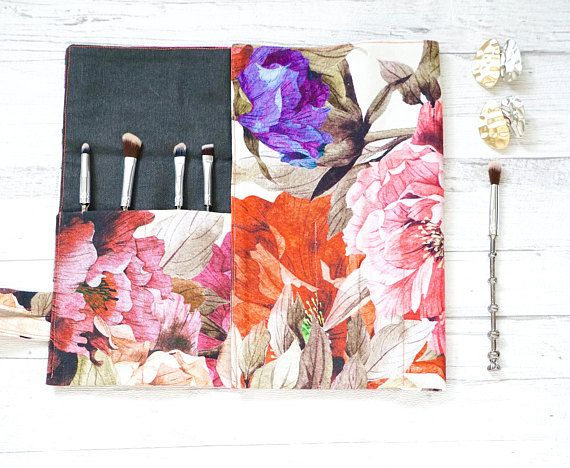 Check out this item in my Etsy shop https://www.etsy.com/uk/listing/570874906/makeupbrush-roll-floral-makeup-brush