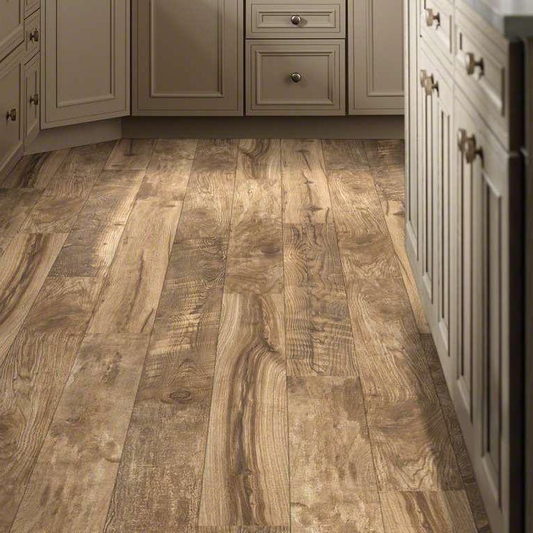 Home Remodeler Designer Services In Houston Tx Installing Laminate Flooring Laminate Flooring Wood Laminate Flooring