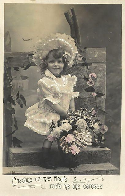 Vintage French Postcard / So lovely ♥