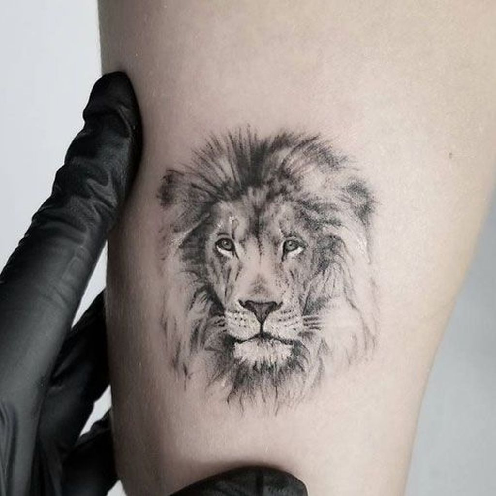 30 Gorgeous Small Tattoo Ideas For Handsome Man Small Lion Tattoo Simple Tattoos For Guys Mens Lion Tattoo