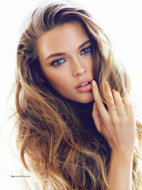 Nude hair Bright red