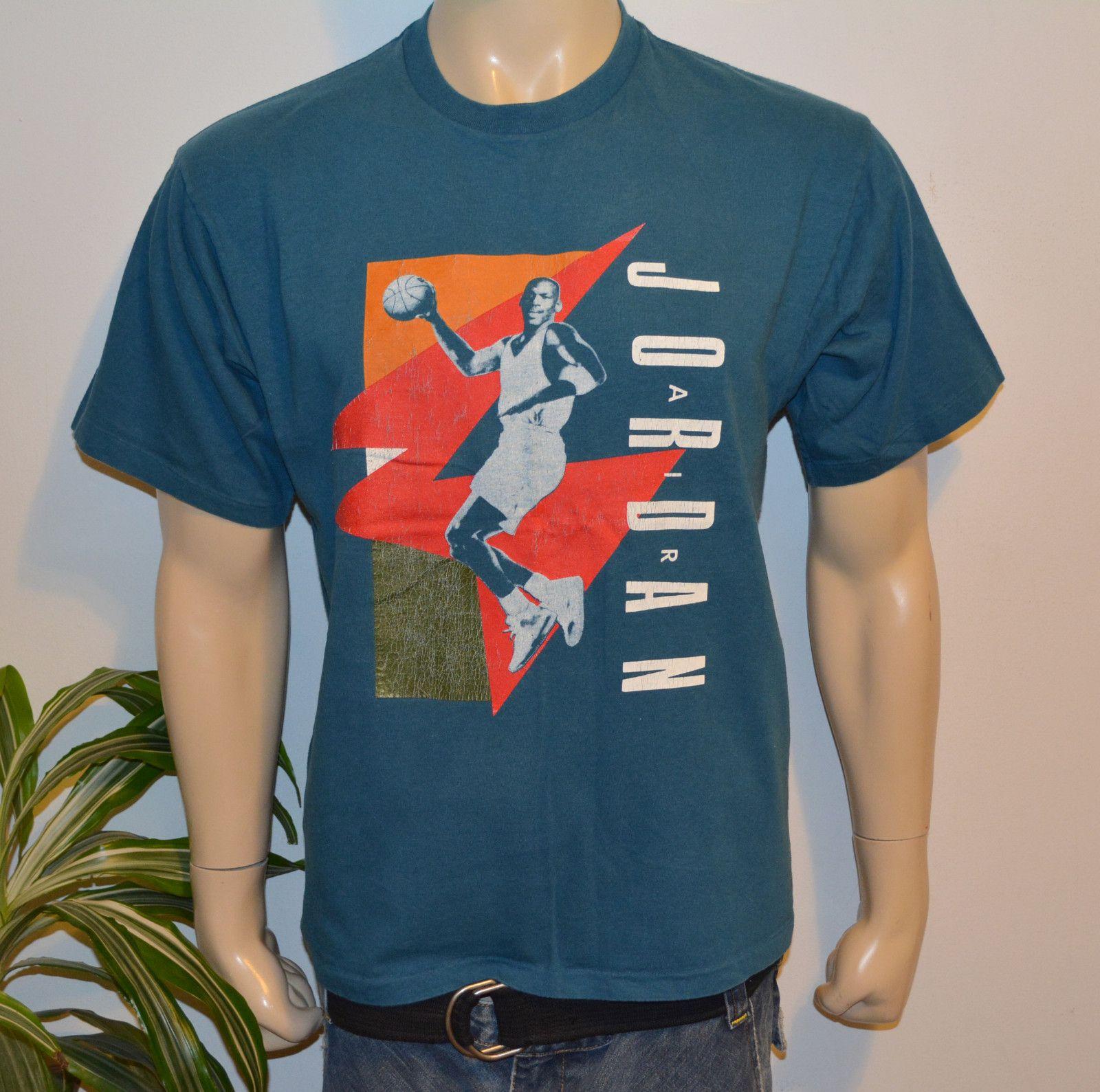 RaRe *80s 90s NIKE AIR / MICHAEL JORDAN* vintage chicago bulls t-shirt (M/L) NBA