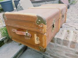 Ein alter Koffer / Überseekoffer | Hope chest, Suitcase ...