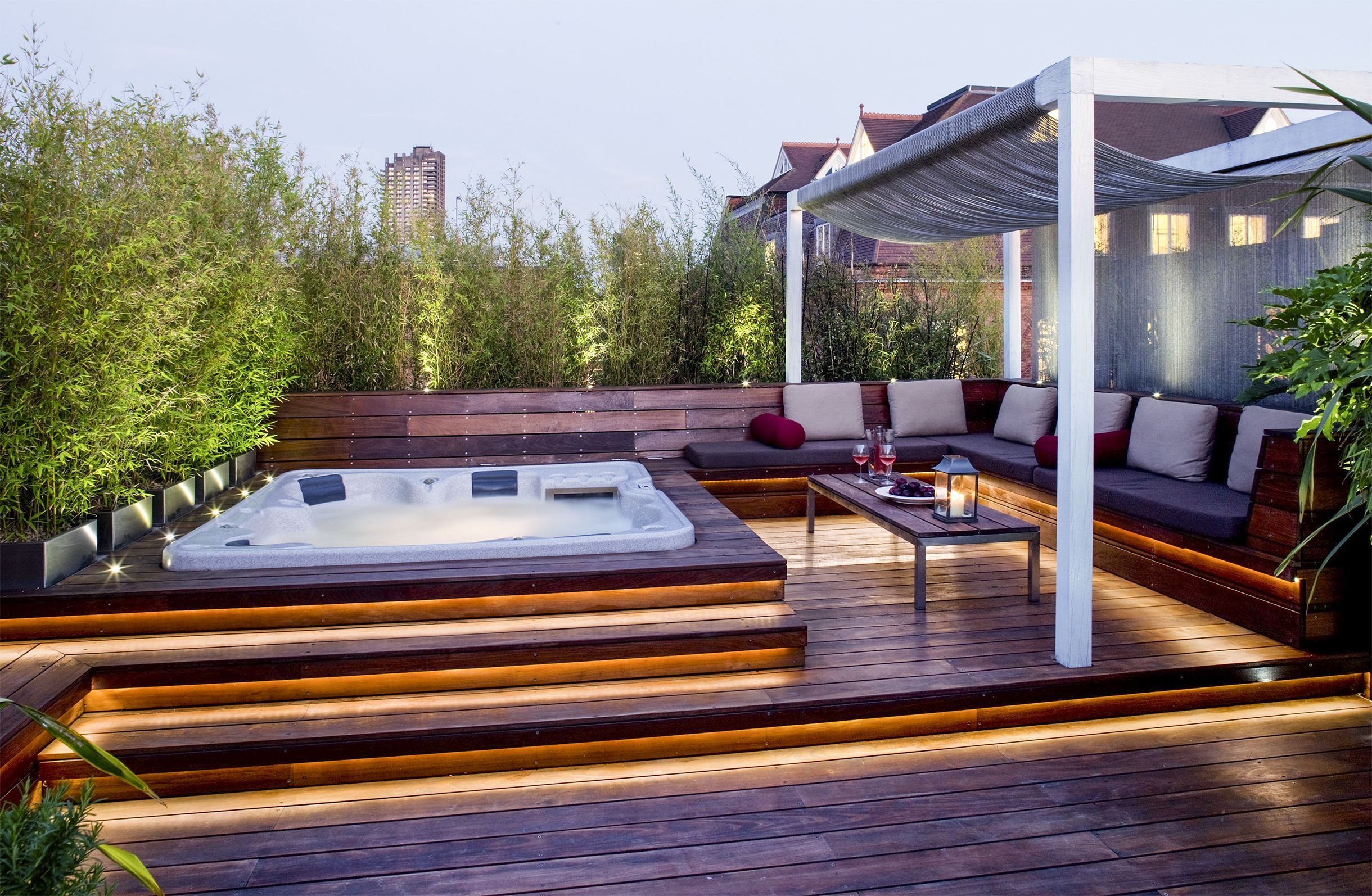 Mini Spa Da Casa outdoor jacuzzi ideas: designs, pros, and cons [a complete