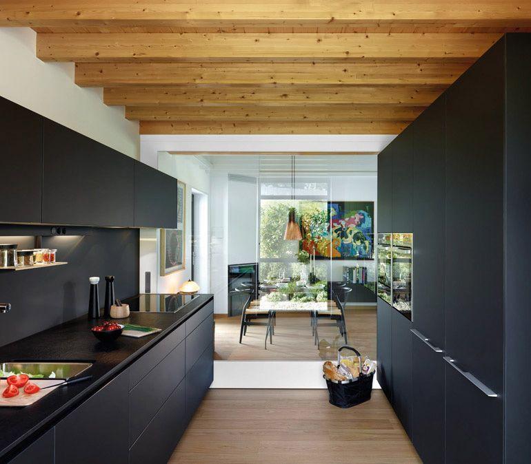 Cómo combinar cocinas con muebles oscuros | Muebles oscuros, Oscuro ...