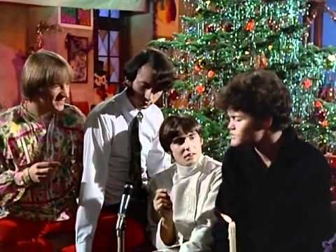 The Monkees Riu Riu Chiu 1967 Love This Flashback This Song Is A Spanish Villancico Published In 1556 The Monkees Tv Show Family Christmas Episodes
