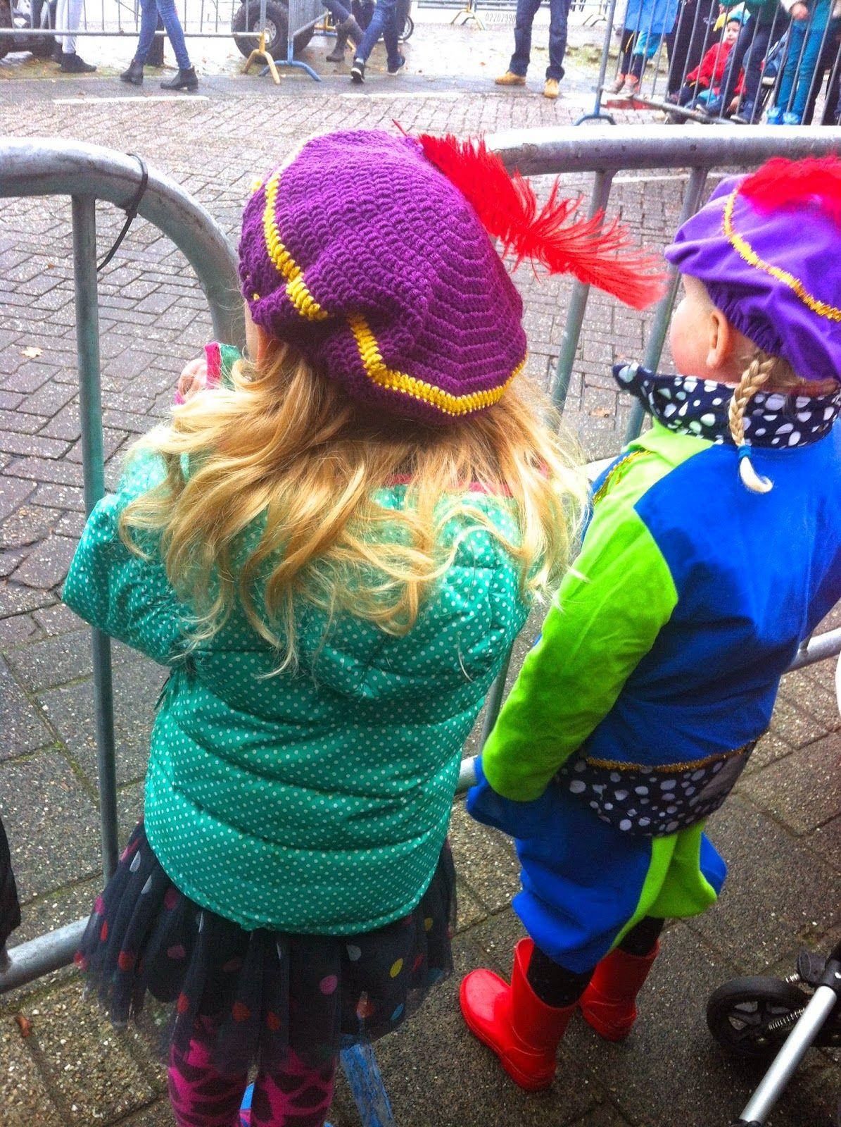 Gehaakte Zwarte Pieten pet, gratis patroon. Crochet Zwarte Piet cap ...