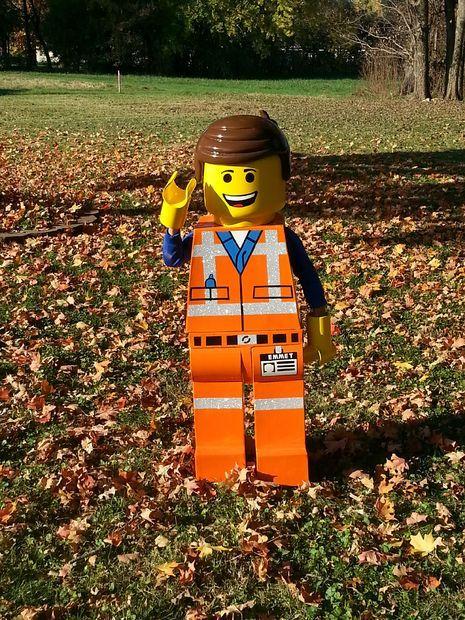 Emmet Lego Figure Costume From LEGO MOVIE & Emmet Lego Figure Costume From LEGO MOVIE | Lego movie costume ...