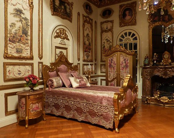 18th century luxury bedroom setting in 1/12 scale. | Dollhouse ...