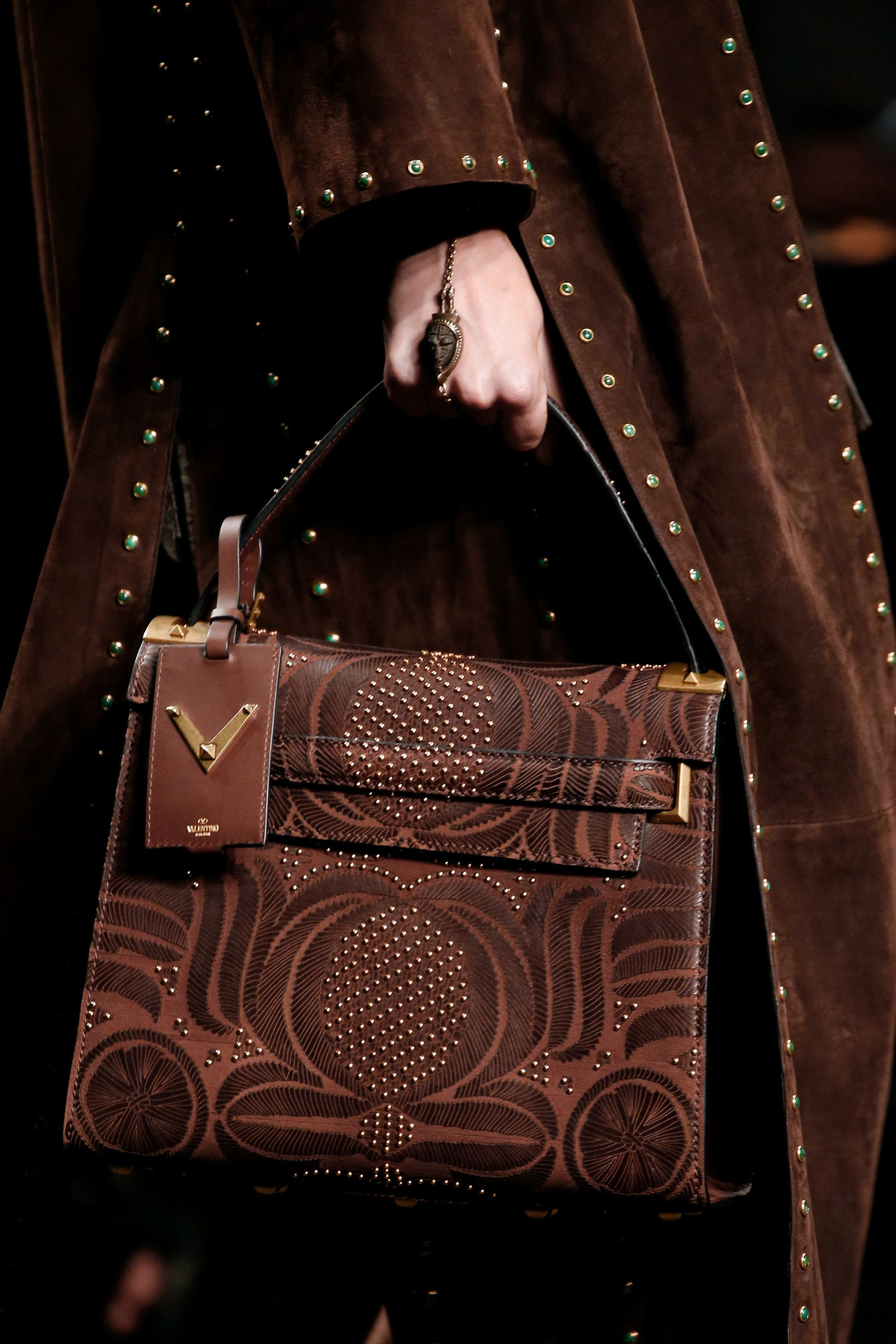 Valentino Spring 2017 Ready To Wear Fashion Show Details Handbags Purses And