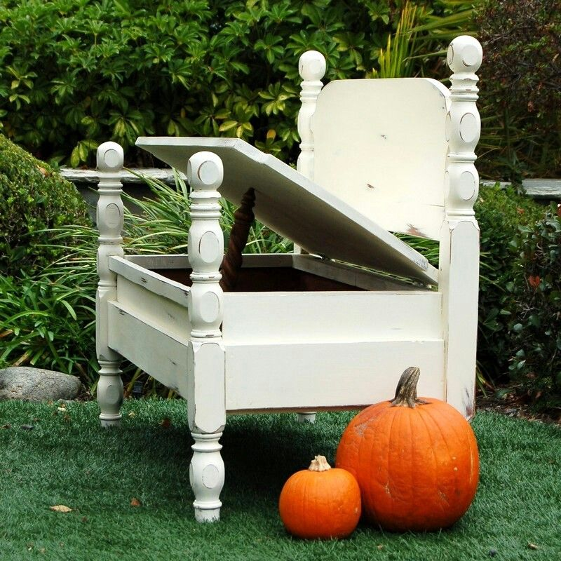 Bed turned bench home sweet home pinterest - Sweet home muebles ...