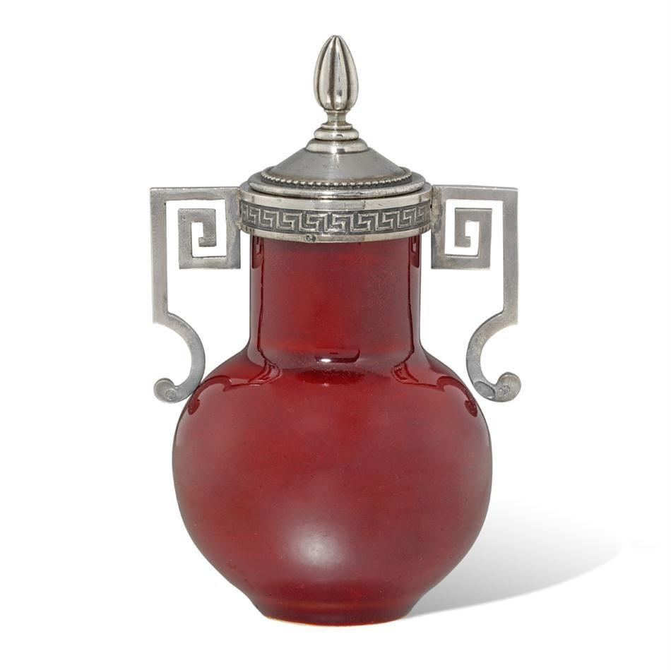 A FABERGE RED URN-SHAPED GUM POT -