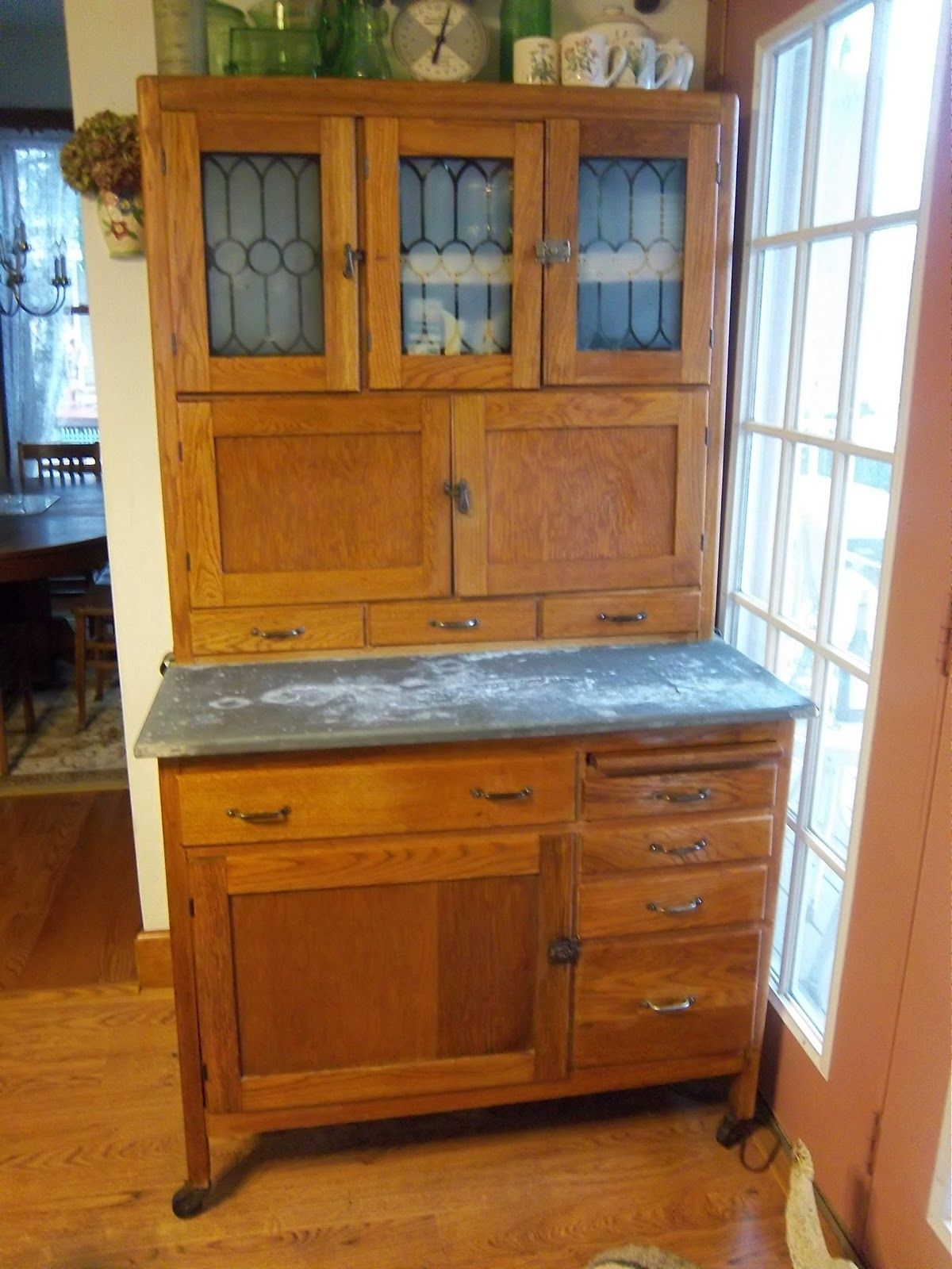 Antique Kitchen Cabinet with Flour Bin - A Sentimental Life: My Hoosier Cabinet Hoosier Cabinets