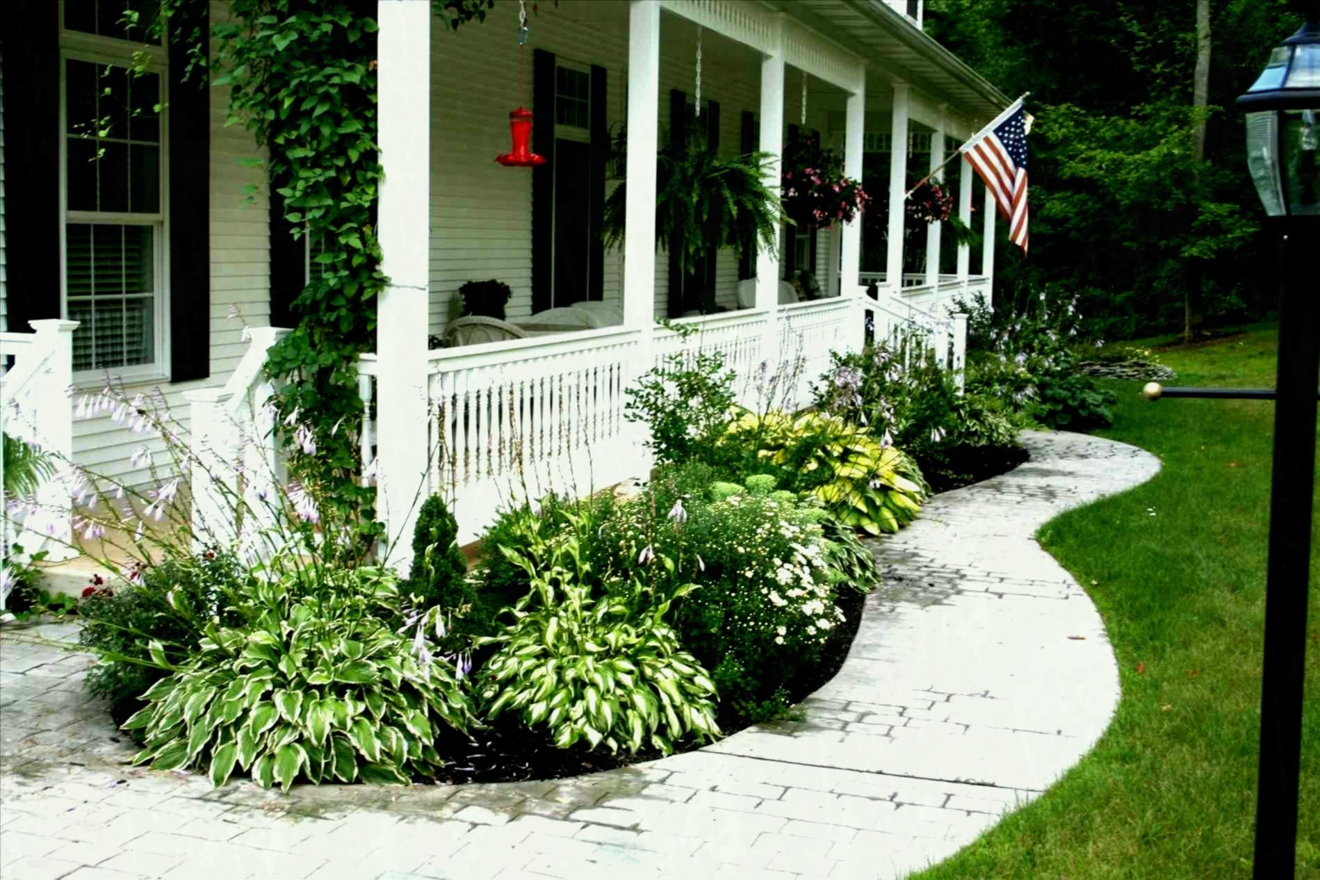 How To Make Inexpensive Flower Beds Porch Landscaping Porch Garden