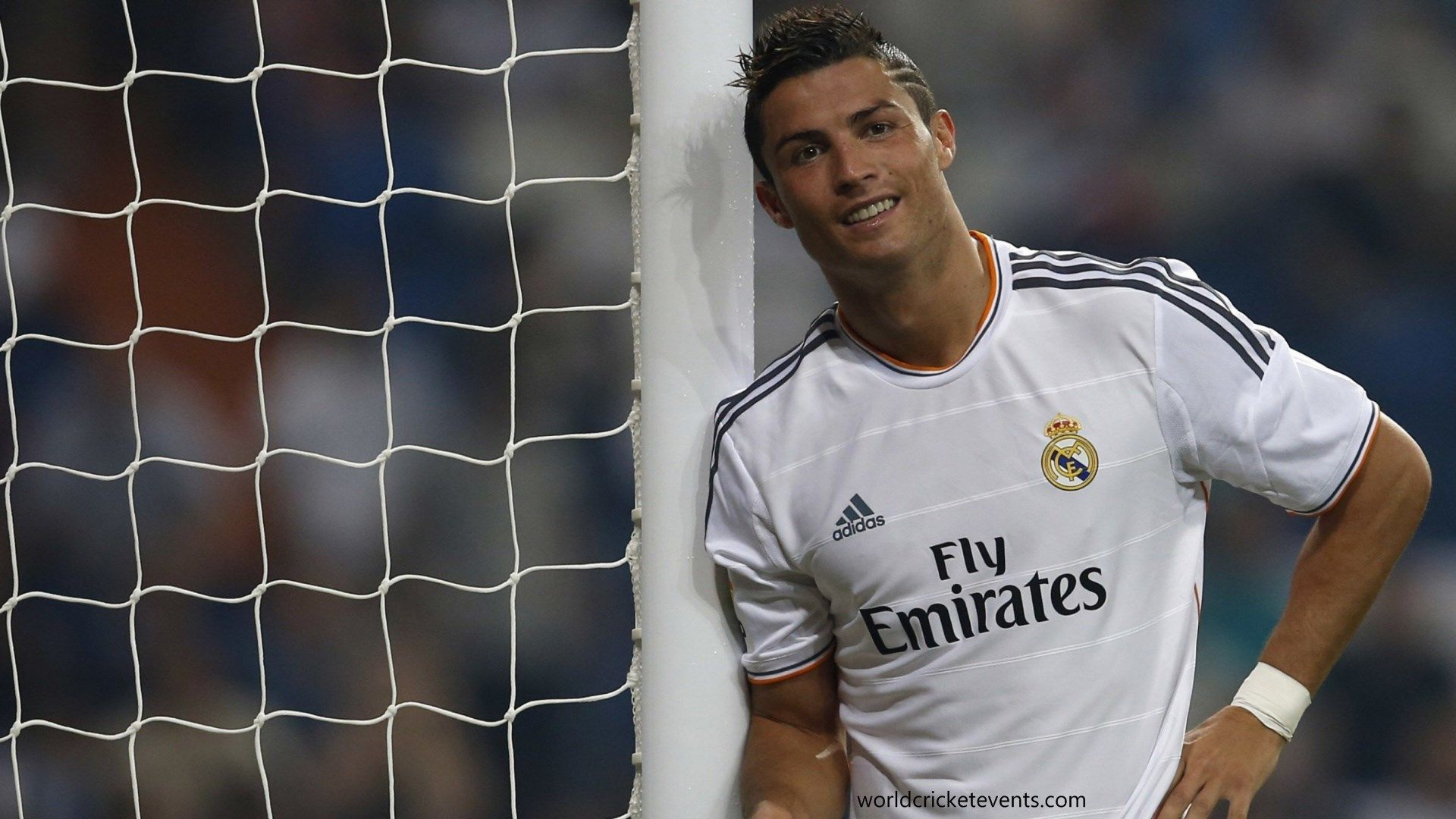 Cristiano ronaldo in a match cr7 hd images pinterest cristiano ronaldo in a match voltagebd Image collections