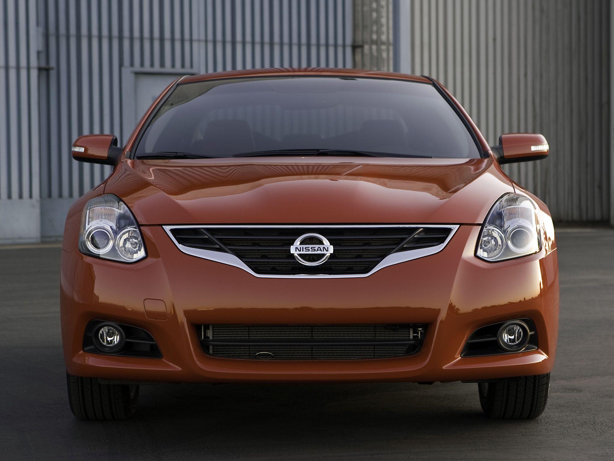 Nissan Altima Coupe (U32) 2009