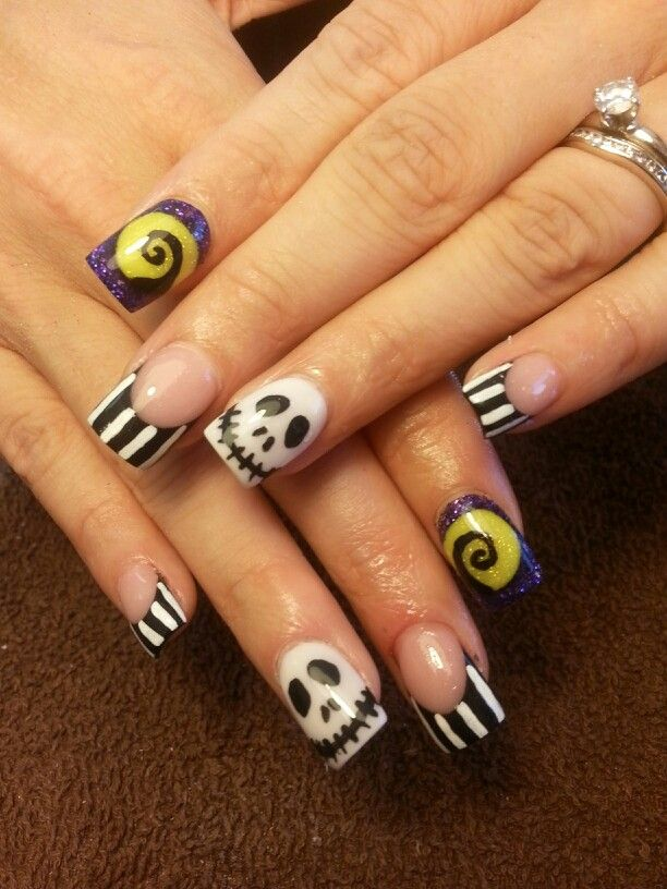 50 Cool Halloween Nail Art Ideas | Nightmare before ...