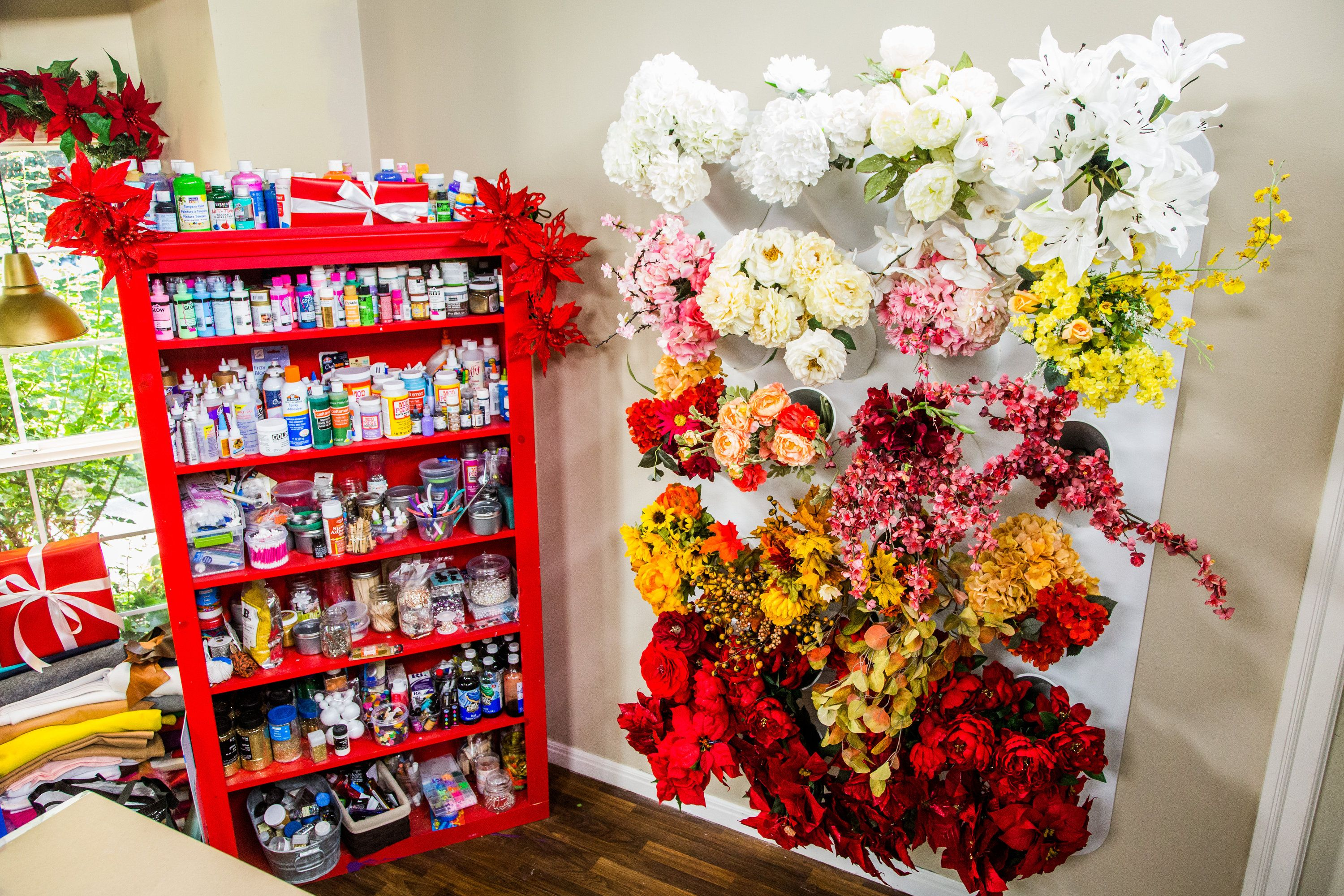 Keep Your Flower Organized With Kenneth Wingards Faux Flower