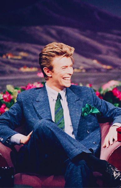 David Bowie On The Tonight Show May 10th 1993 David Bowie Bowie Singer